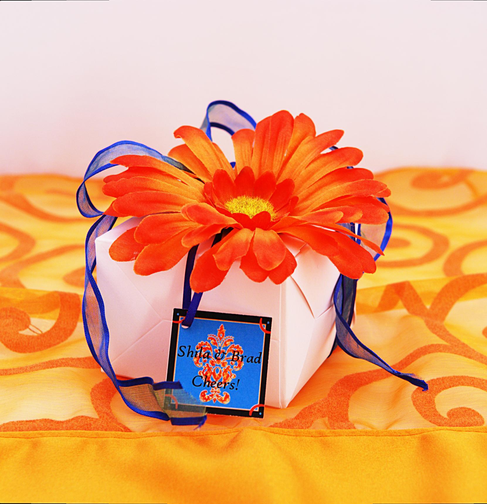 favor-box-4-orange
