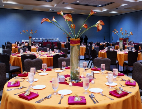 luncheon-table-setting