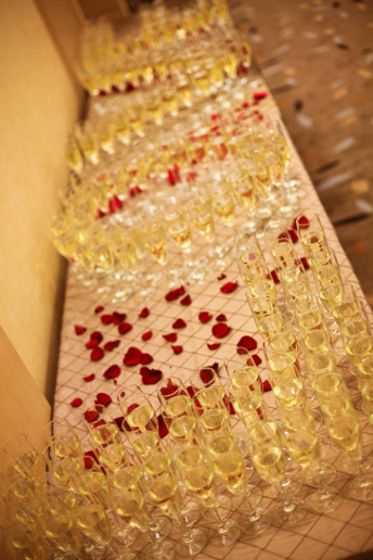 champagne-glasses-for-toast