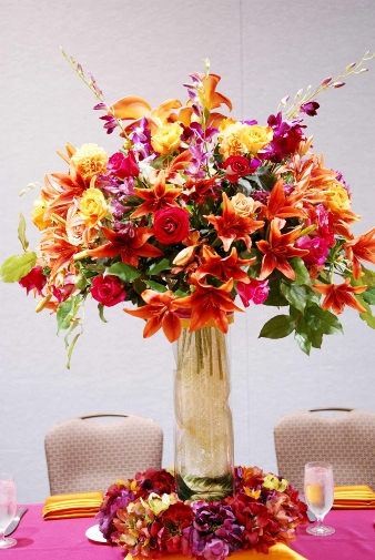 luncheon_head_table_floral_centerpice_close_up